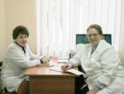 Алла Постнова (праворуч)